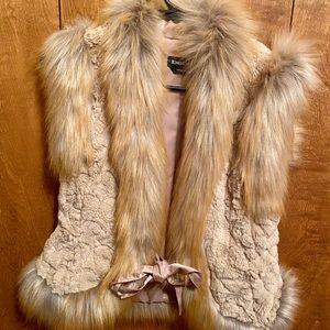 Courtney faux fur vest —XS